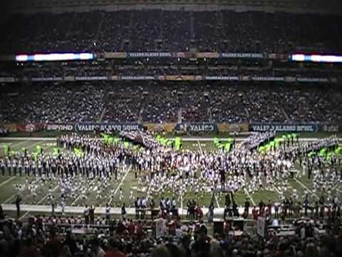 2010 Alamo Bowl Halftime Show Massed Band Performance on January 2 in the Alamodome. Over 1000 high school band students from 11 schools performing the