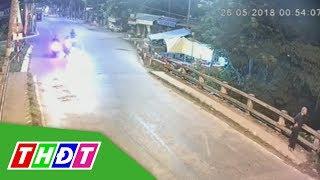 Phóng xe tốc độ cao tông người phụ nữ rơi xuống kênh (TP Cao Lãnh) | THDT
