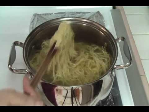 0 Vietnamese Food Shrimp Noodle Soup   Day Nau An Mi Tom Thit