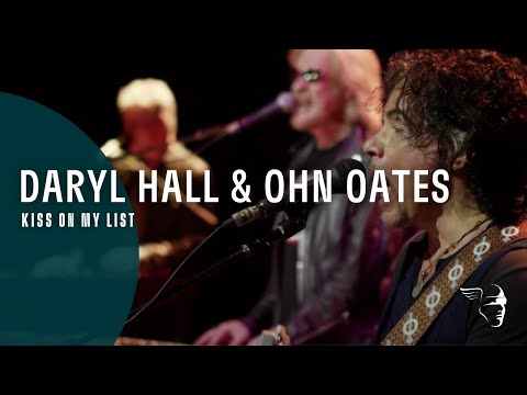 Hall & Oates - Kiss Is On My List