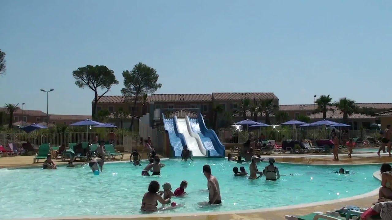 Le mas des vignes calvisson grande piscine youtube for Piscine calvisson