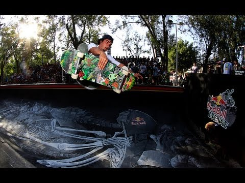 Drainage Half Pipe Skate Contest - Red Bull Drenaje 2013