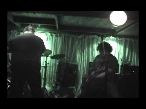 EQZ (Mist live), Adicto