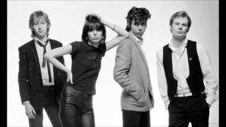 Watch Pretenders Money Talk video