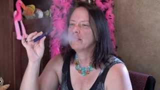 Vapor Lady Lounge Reviewing Kanger eVod How to Properly Vape and Fill the eCig eCigarette for Ladies