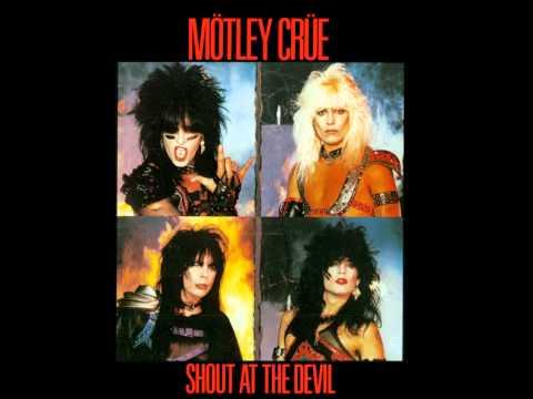 Motley Crue - Red Hot