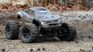 CCxRC Traxxas X-maxx First Run - Backyard Destroying Mud Bash