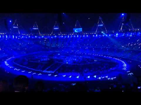 London 2012 Opening Ceremony - Dove release (Come Together)
