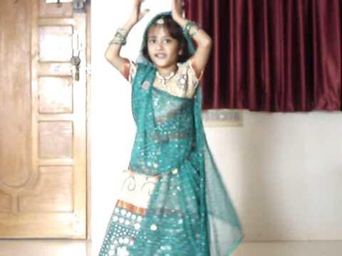 Venya Gupta (6 Yrs)- Maiya Yashoda........(Hum Sath Sath Hain...
