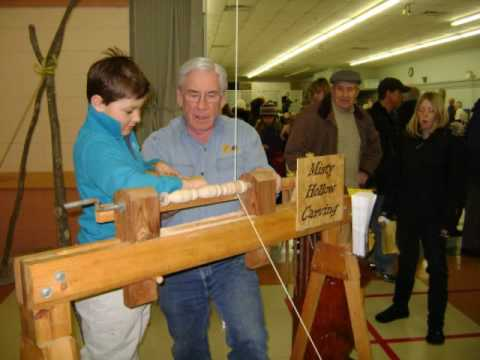 Spring Pole Lathe - Buckhorn Heritage Days Feb 20, 2010.wmv