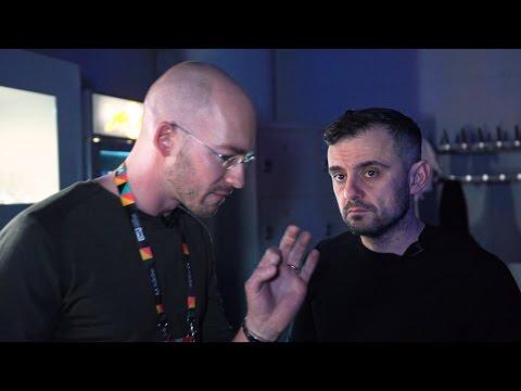Gary Vaynerchuk & Casey Neistat behind the Scenes - Online Marketing Rockstars '17   WorkDay Ep. 22