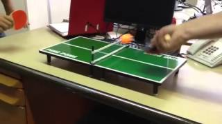 Le ping-pong au bureau!