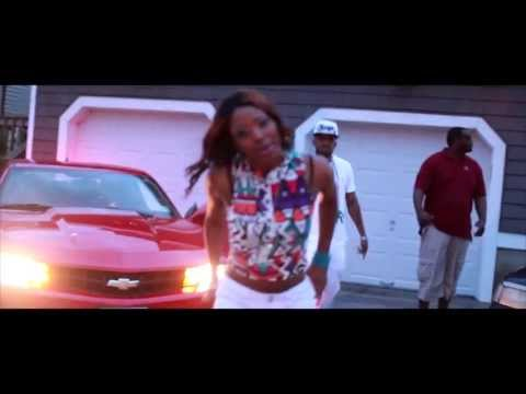 Nuveez (Scarlett Nuvvo) - Get It [Center Of Attention Ent. Submitted]