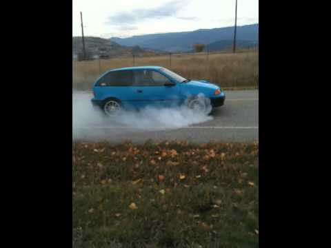 Turbo Geo Metro Burnout