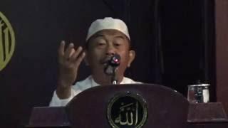 Ustadz Fathuddin Ja'far - Al-Qur'an sebagai Pedoman Hidup Manusia