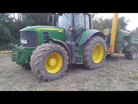 World Amazing Modern Pumpkin Squash Field Fertilizing Agriculture Mega Machines Harvesters Tractor