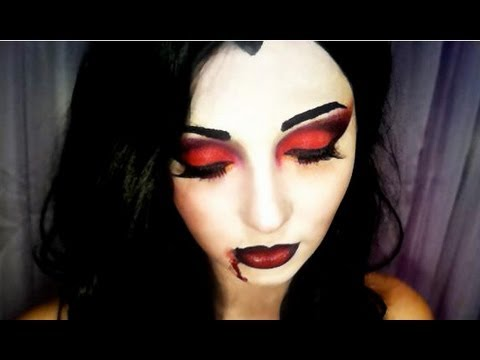 seductive Vampire Halloween Makeup tutorial