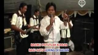BAJU SATU KERING DIBADAN WAWAN PURWADA