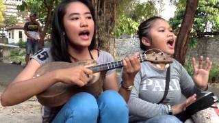 download lagu Pengamen Cantik Dan Imut Bawa Lagu Armada Pagi Pulang gratis