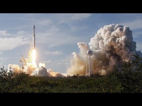 SpaceX launches world's most powerful rocket