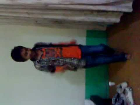 Roby King Dancing on Chillar Party Song Tai Tai Piss