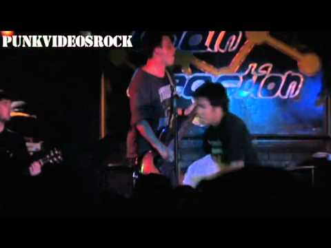 Title Fight - Loud & Clear (Live @ California, 2011)