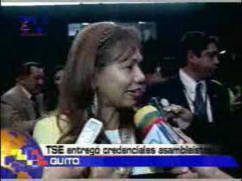 TSE entregó credenciales a asambleistas Quito