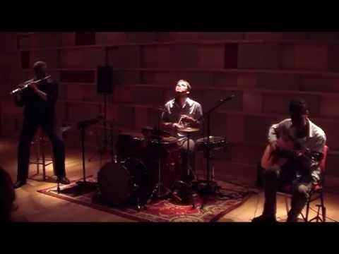 Tucan Trio-