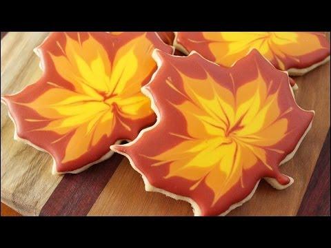Fall Maple Leaf Sugar Cookies!