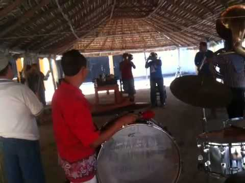 Banda los texanos de tepuxta y Elia Gomez
