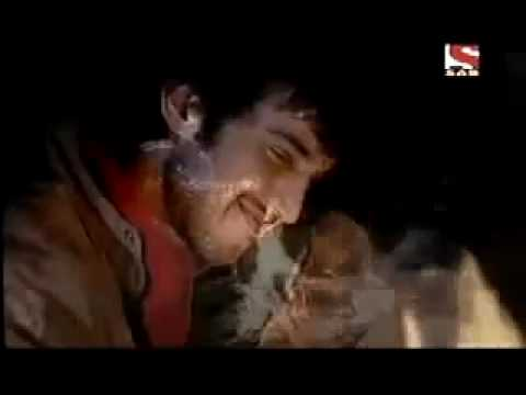 Teri Yaadein Mulakatein - Love Story video
