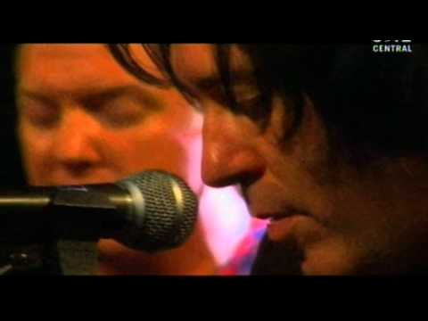 Queens Of The Stone Age - River In The Road