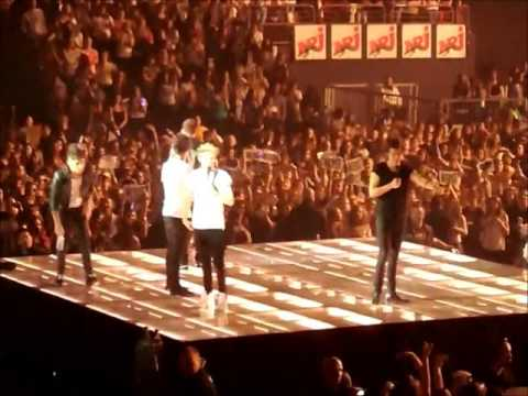 Projet Torn One Direction Amneville 30 Avril 2013 video
