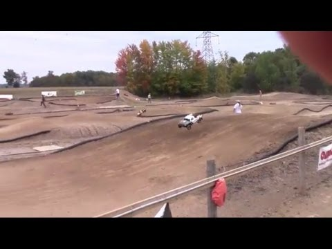 My 2nd Race Losi 5ive-T at RC Acres OFSOC Race 10 - Sept. 29 2013