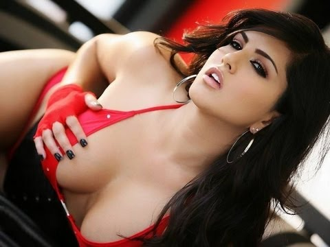Top 15 Sexiest Bollywood Actresses 2013 video