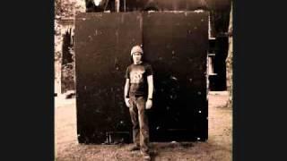 Watch Elliott Smith Satellite video