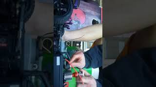redcat racing shockwave nitro rc buggy start up.