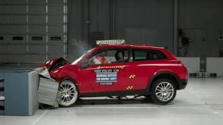 2009 Volvo C30 moderate overlap IIHS crash test