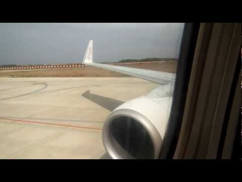 Boeing 737-800 CJB-DEL SpiceJet: Pushback/Start-up [Wing View]