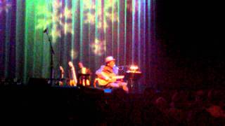 Watch Elvis Costello St. Stephen