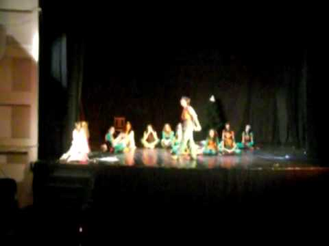 Ansamblu coconite Dans spiridusi Bascuta Video