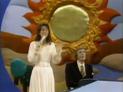 The Carpenters- Top Of The World(hd hq) video