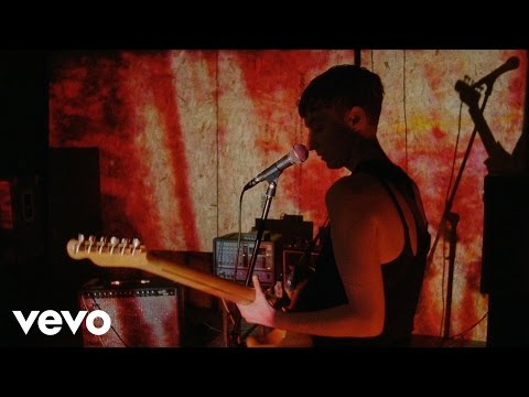 LoneLady - Groove It Out
