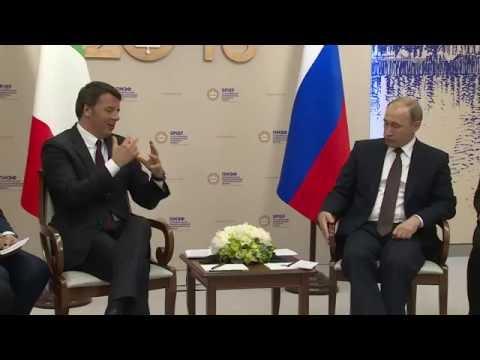 San Pietroburgo, incontro Renzi - Putin (17/06/2016)