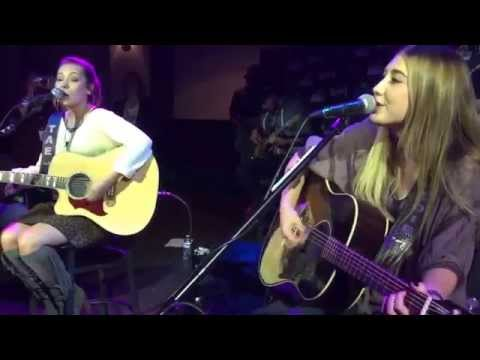 Maddie And Tae - Right Here Right Now