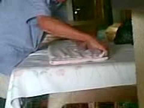 El arte de doblar toallas by adrian martinez