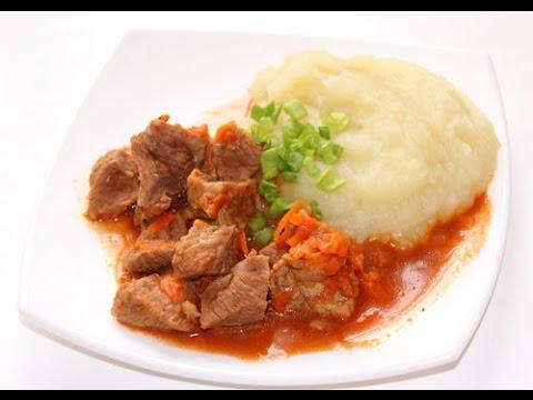 Вкусная мясная подлива из говядины в мультиварке Редмонд, тушеное мясо в томатном соусе