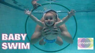 Baby swiming in Barcelona - Lenoarmi