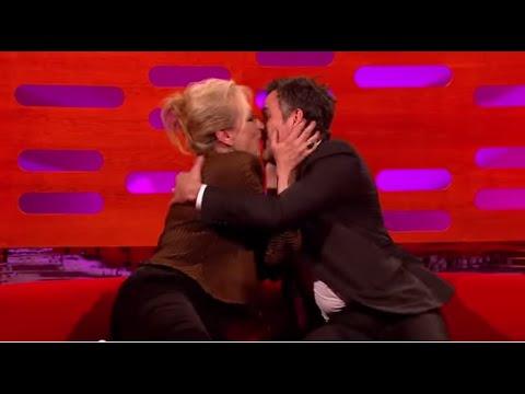Meryl Streep kisses Mark Ruffalo on The Graham Norton Show