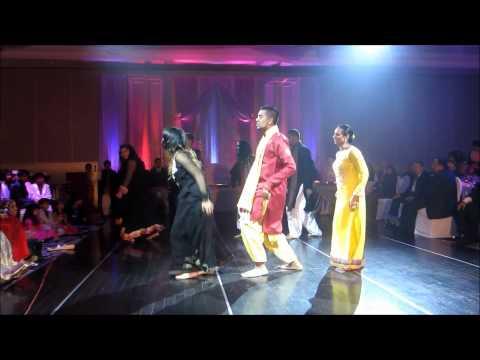 Mehndi Dance - Picture perfectOoo lalaDhinka chikaThug leMadhubala...